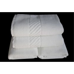"BATH TOWEL WHITE 700 GRAMS LARGE JUMBO SIZE 36"" X 72"" RS 225"